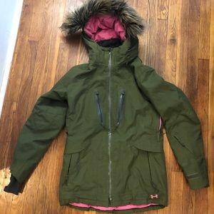 Under Armour Women's ColdGear Winter Jacket / Coat